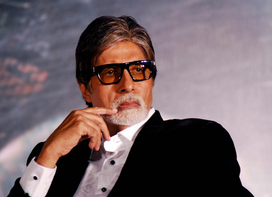 When Amitabh Bachchan faced network issue with Vodafone, Reliance Jio offered to send SIM